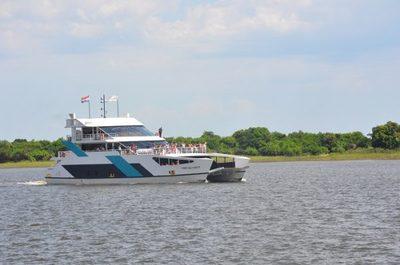 Ferry del Chaco suspende viajes por desperfecto mecánico
