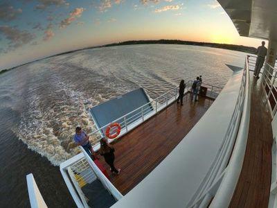 Ferry del Chaco: suspenden viajes por avería