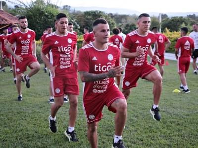 La Albirroja Sub 23 se instaló en Colombia