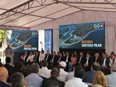 Día histórico para Pilar: Firman contrato para la construcción de la Defensa Costera