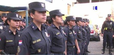 42 mujeres policía buscan ser Linces