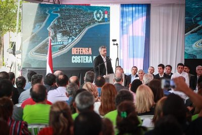 Firman contrato para construir la Defensa Costera de Pilar