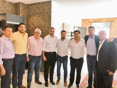 Abdo y Alliana con referentes de HC y Añeteté: acuerdan candidato para las municipales en Pilar y apuntan a otras