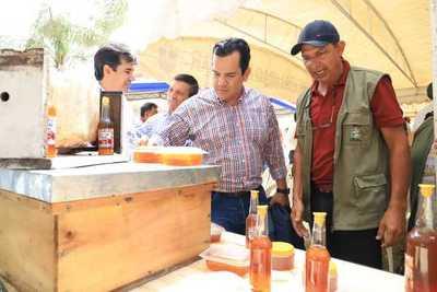 MAG entrega aportes para fortalecer producción de familias rurales