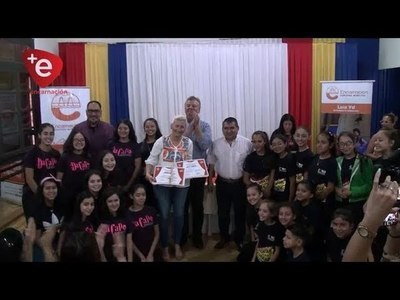 PARTICIPANTES ''FUEGO SOBRE AGUA'' RECIBIERON SUS CERTIFICADOS.
