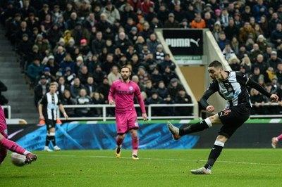 Almirón habló en la previa al partido ante Chelsea por Premier