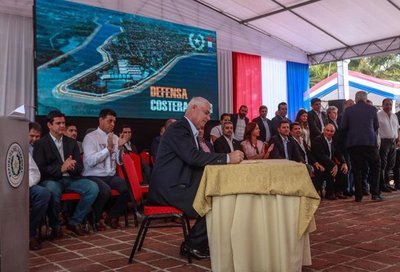 Gobierno oficializa contrato para obra de defensa costera en Pilar