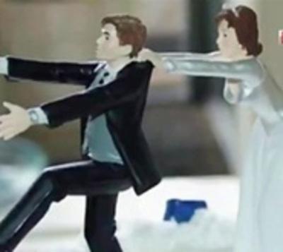 Se autosecuestró para no casarse