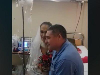 Conmovedora boda en Hospital Nacional de Itauguá