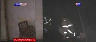 Copetín arde en llamas en Fernando de la Mora