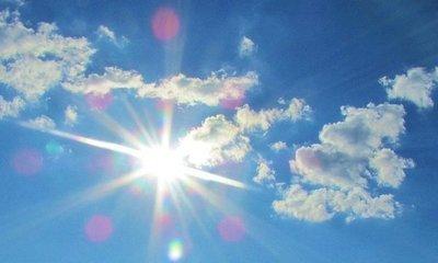 Sábado muy caluroso y chaparrones ocasionales