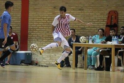 'Yiyi' Ayala dio cátedra en Futsal y marcó un golazo con la Albirroja