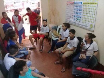 Estudiantes de Mayor Otaño levantan toma de Municipalidad