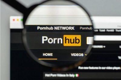 Hombre sordo demanda a sitio porno por no tener subtítulos
