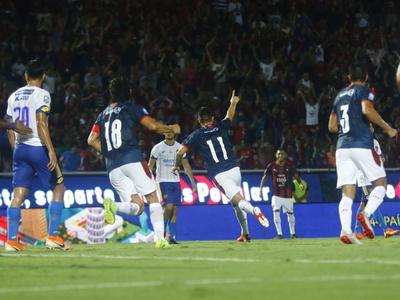 El Ciclón suma de a tres en su debut en el Apertura