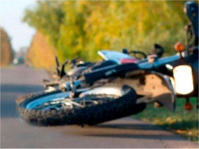 San Ignacio: Jóvenes mueren en un accidente frontal de motos