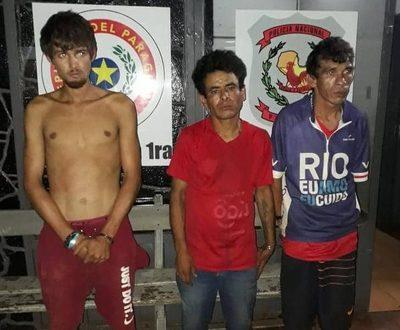 Apresan a tres personas que intentaban robar en el microcentro