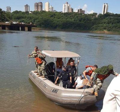 Matan a brasileño y arrojan su cuerpo al río Paraná