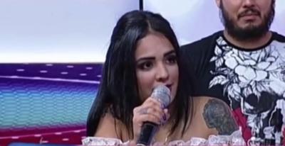 "HOY / ""Shar at so to to pich"": Circula remixado del ""inglés viral"" de cantante cumbiera"