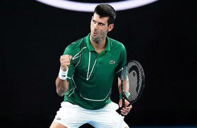 Federer y Tsitsipas se lucen; Djokovic cumple en jornada de lluvia