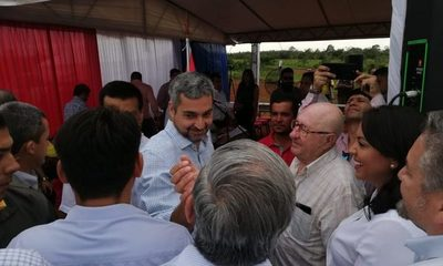 Presidente inaugura puente que une Minga Guazú con Hernandarias