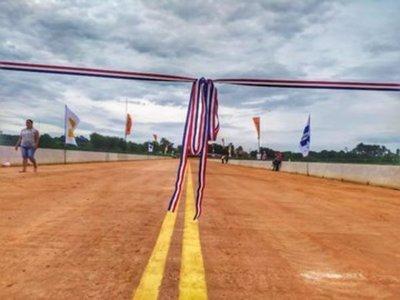 Habilitan puente que une los distritos de Minga Guazú y Hernandarias