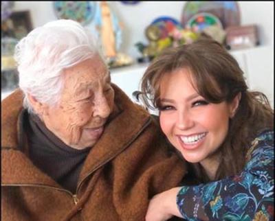 DE NO CREER: Abuelita de Thalía festejó sus 102 años