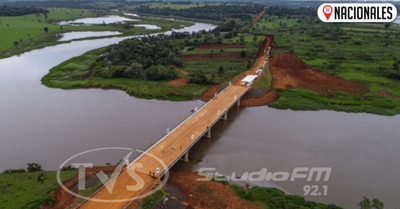Inauguran puente sobre el río Acaray en Alto Paraná que beneficiará a 170.000 pobladores