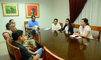 Diferentes instituciones se adhieren a la campaña contra el dengue en CDE