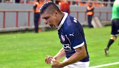Cerro pagó US$ 200 mil por Claudio Aquino