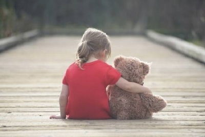 Restacatan a niña secuestrada y abusada por su padre