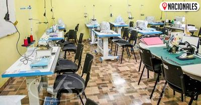 Inauguraron taller de costura con equipamiento de calidad en J. Augusto Saldivar