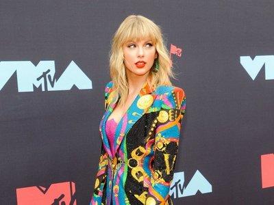 Taylor Swift anuncia estreno de canción Only the young