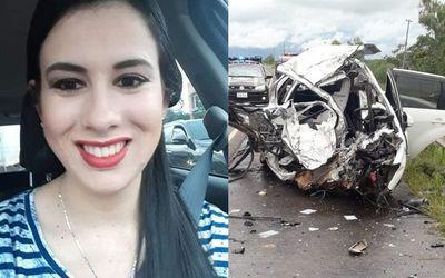 Médica pedrojuanina fallece tras choque frontal en Arroyos y Esteros