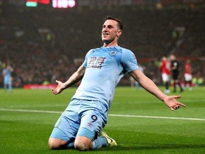 Burnley da la sorpresa y asalta Old Trafford