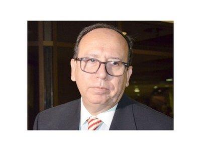 Paraguayos residentes en EEUU denuncian despilfarro de    embajador