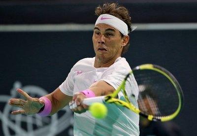 Nadal gana a Delbonis y pasa a tercera ronda en Australia
