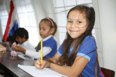 MEC implementa innovación estratégica para fortalecer áreas de castellano y matemática