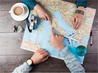 Instan a denunciar casos de estafa con promesas de viajes o estadía gratuita