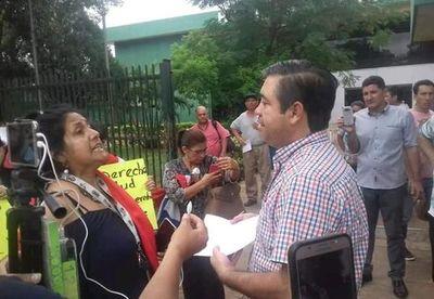 Denuncian que infección hospitalaria afectó a pacientes con dengue en Luque