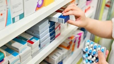 """Clientes de farmacias consumen paracetamol """"por las dudas"""" contra el dengue"""