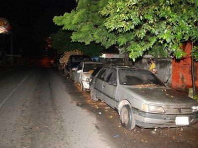 Jueza insta a denunciar vehículos abandonados en la calle