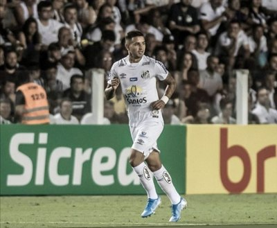 Santos empató y utilizó a Derlis González