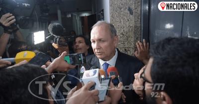 Jueza admite imputación contra Mario Ferreiro y lo cita para imponer medidas
