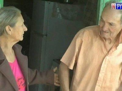 Abuelo que denunció maltrato halla a su hermana, luego de 24 años