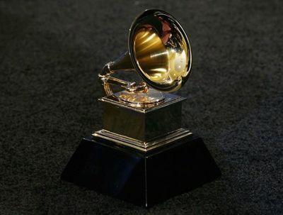 Lizzo, Billie Eilish y Lil Nas X, favoritos en unos Grammy de escándalo