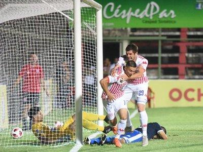 San Lorenzo deja los puntos en casa