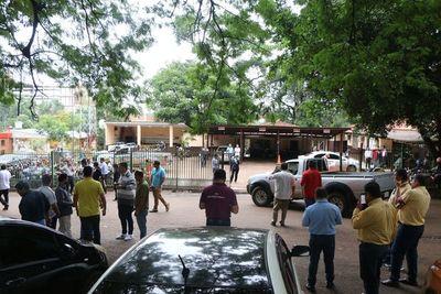 Taxistas protestarán contra el intendente, MUV y Uber