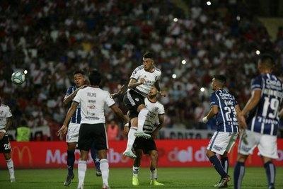 River toma la punta de la Superliga y Robert Rojas maravilla a todos