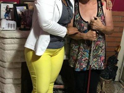 Luego de 50 años  cumplió el sueño de conocer a su mamá